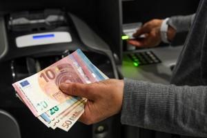 bancomat archivio ansa-3